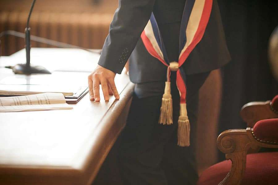 écharpe tricolore de maire
