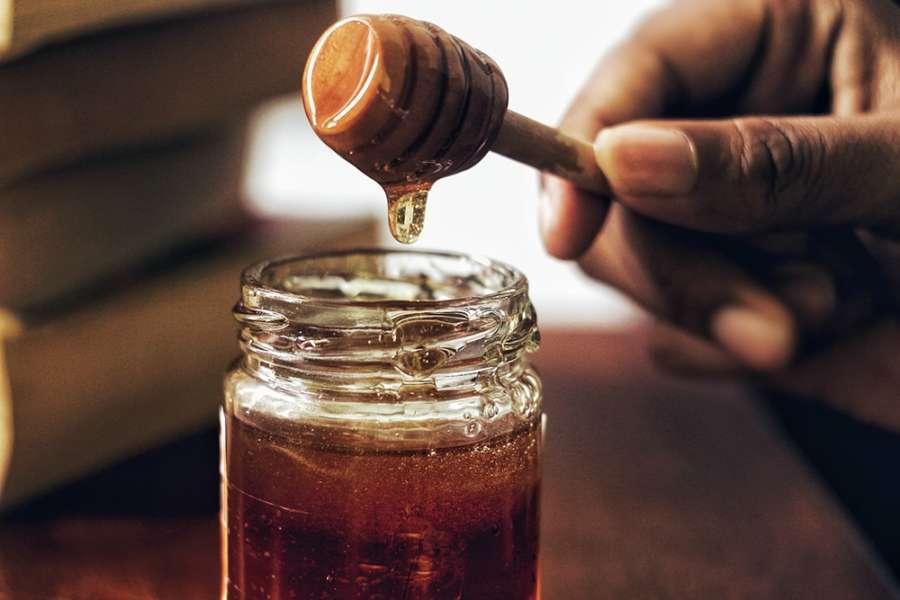 comment les abeilles font elles le miel ?